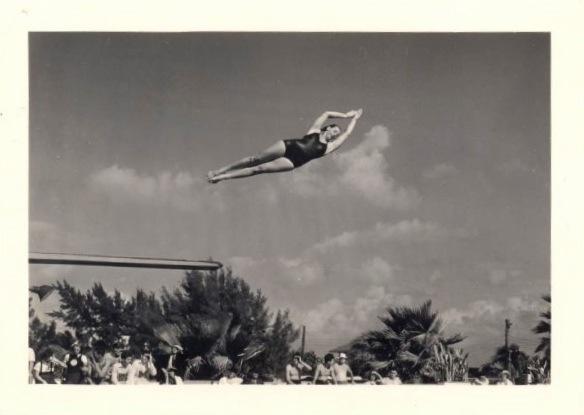 Mark-Glovsky-Collection-Dive-31.jpg